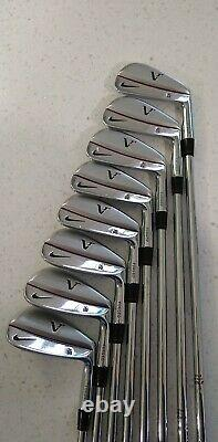 Nike TW Tiger Woods Victory Red Iron Blades Set 3-PW Stiff Right Handed